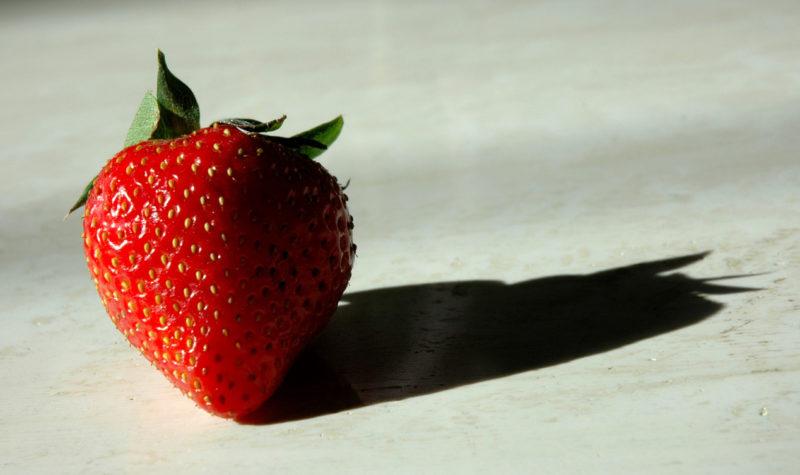 strawberry-1329013-1279x752