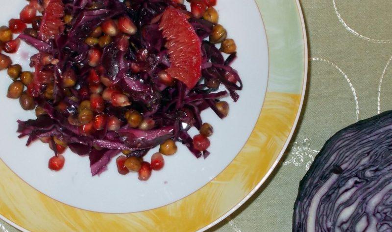 salatka-z-czerwonej-kapusty