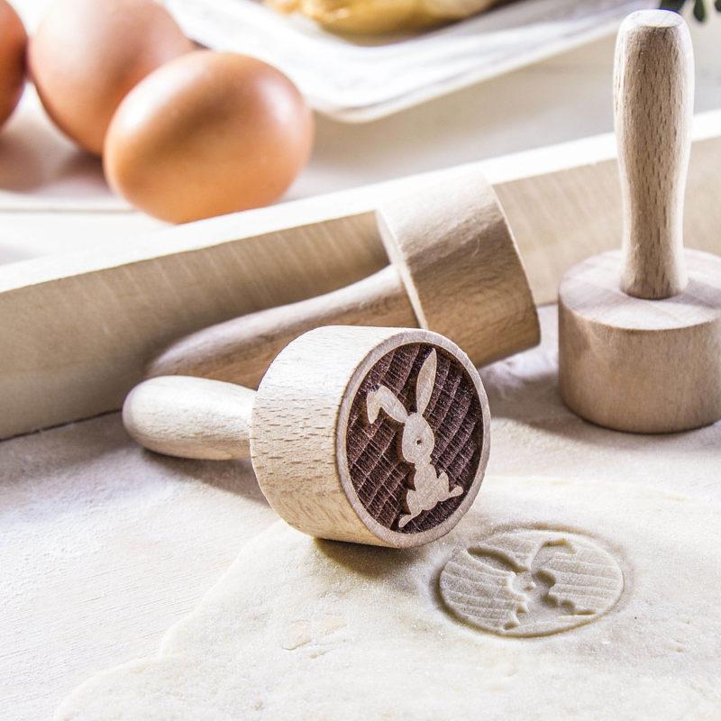 stempel-do-ciastek-drewniany-kroliczek_2